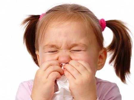 Các nguyên nhân gây ra hiện tượng sổ mũi nghẹt mũi ở trẻ em