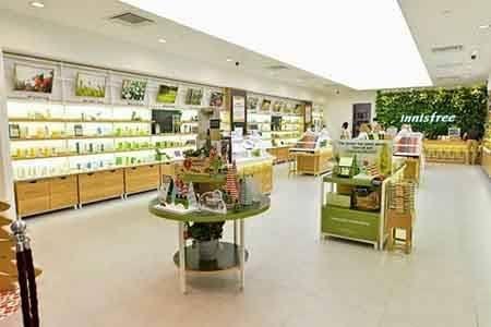 Chúng ta có thể dễ dàng mua sản phẩm kem chống nắng Innisfree chính hãng tại hệ thống cửa hàng Innisfree Việt Nam