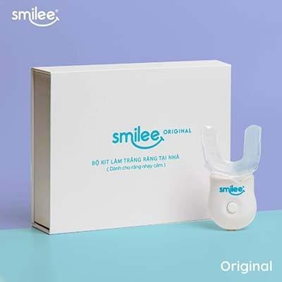 Máy làm trắng răng Smilee