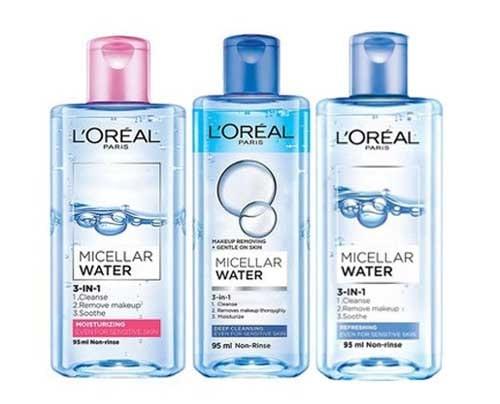 Vỏ ngoài sản phẩm có thiết kế nhìn rất vừa vặn, đẹp mắt  dạng chai nhựa hình chữ nhật màu xanh