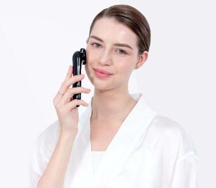 hiếc Pebble Fleur  sẽ các dưỡng chất xuyên qua lớp màng bảo vệ da để thẩm thấu trực tiếp sâu vào từng lớp biểu bì da của bạn.