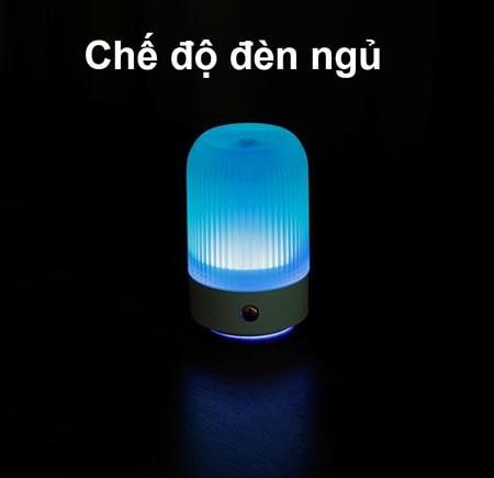 máy tạo ẩm mini này là nó có thể dùng như một chiếc đèn ngủ